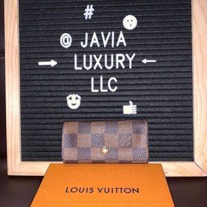 Louis Vuitton Damier Ebene Keyhodler